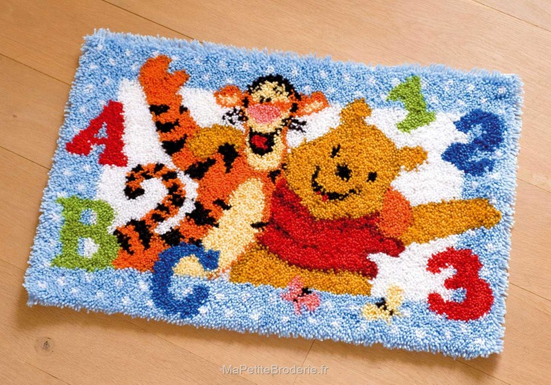 Tapis Point Nou Abc Winnie Et Tigrou Winnie L 39 Ourson Point Nou Tapis Disney Tapis